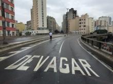 Going slow on the Minhocão