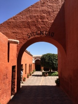 Santa Catalina Entrance (shh!)
