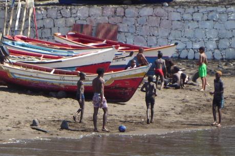 Soccer in Cidade Velha's port